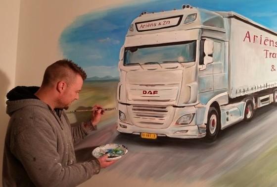 De vrachtwagen van papa