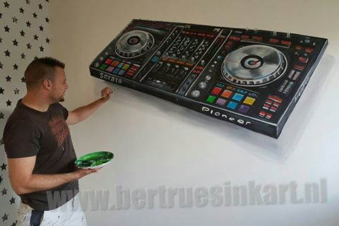 Mooie draaitafel voor deze DJ!