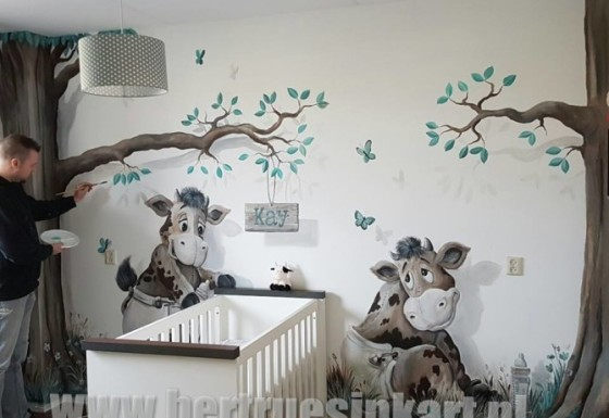 kalfjes op de babykamer!