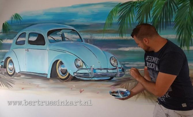 Volkswagen Kever op het strand